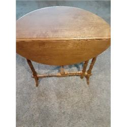 Drop Leaf Table made by Terry Hill