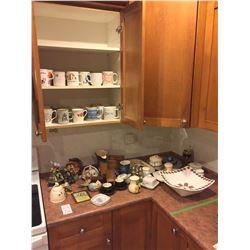 Assortment of Decorative Items A
