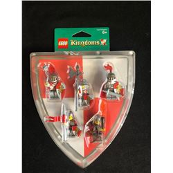 LEGO KINGDOMS 852921 LION KNIGHTS 5 FIGURE ARMY BATTLE PACK