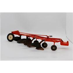 Allis Chalmers 4 bottom plow