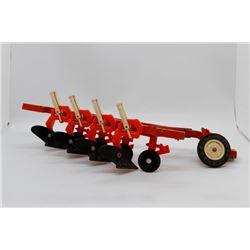Allis Chalmers 4 bottom plow *Wheel is broken off*