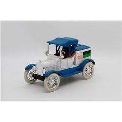 Duetz Allis Replica of 1819 Ford model T Runabout Bank Ertl Blue