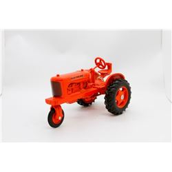 Allis Chalmers w/ single front tire