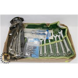 LARGE FLAT OF TOOLS INC A NEW 9PC COMBINATION