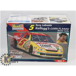 VINTAGE REVELL TERRY LABONTE NASCAR MODEL KIT