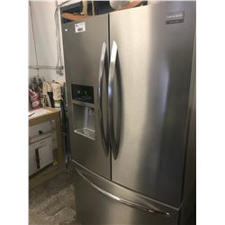 FRIGIDAIRE GALLERY D/D STAINLESS STEEL FRIDGE /W ROLL OUT FREEZER MODEL FGHF2366PF2