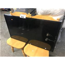2 WOOD CHAIRS & ELEMENT HDTV