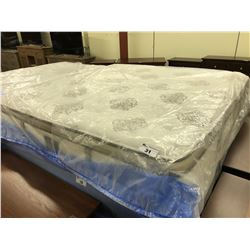 "STEARNS & FOSTER ""COUTURE"" ELIZA SILK KING SIZE PILLOW TOP MATTRESS"