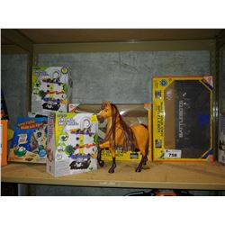 LOT OF TOYS INCLUDING MARBLE MANIA GAMES, HEXBUG BATTLE BOXES AND MORE