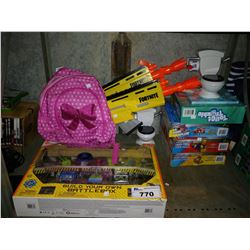 LOT OF TOYS INCLUDING HEX BUGS BATTLE BOX, NERF FORTNITE DART BLASTER, AND MORE ASSORTED GAMES