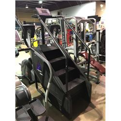 STAIRMASTER STEPMILL 7000 PT COMMERCIAL STAIR CLIMBING SYSTEM