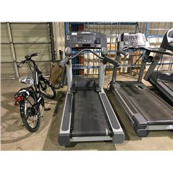 LIFE FITNESS COMMERCIAL TREADMILL WITH IPOD & UTILITY JACK ( TV COMPATIBLE )