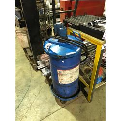 BLUE MOBILE COMMERCIAL PNEUMATIC GREASER