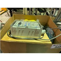 BOX OF SERIES 1000 OXYGEN MONITORS & HOSES