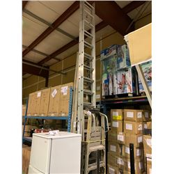 APPROX 20FT RETRACTABLE LADDER