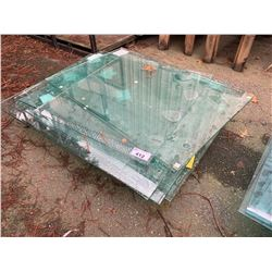 PALLET OF ASSORTED GLASS