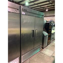 TRUE REFRIGERATOR T-489 FRENCH DOOR STAINLESS MOBILE REFRIGERATOR UNIT