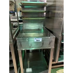 STAINLESS STEEL MOBILE BAKERS STATION