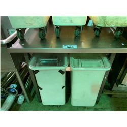 "30""X36"" STAINLESS STEEL EQUIPMENT TABLE"