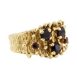 1.00 ctw Garnet Ring - 14KT Yellow Gold