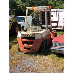 1989 Nissan 8000lbs (Pneumatic, propane, untested)