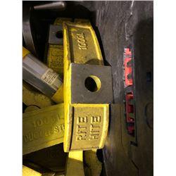 Rite Hite 1000L clamps
