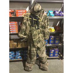 Cabela's Outdoor Gear Men's 2XL Camo Jacket, Overalls, Headgear and Gloves Set
