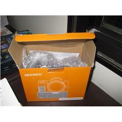 NEEWER BATTERY GRIP BG-E8 FOR CANON 550D/600D/650D/700D