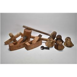 Selection of primitives including four ball and claw bath tub feet, two wood planes and a wooden scr