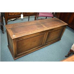 Antique quarter cut oak free standing storage chest on castors, appears to be original finish
