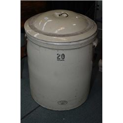 Massive 20 gallon Medalta crock with lid