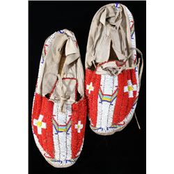 Gros Ventre Fully Beaded Men's Moccasins c. 1950