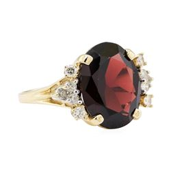 10.20 ctw Garnet and Diamond Ring - 14KT Yellow Gold