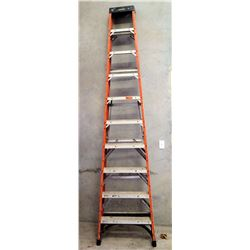 Husky Red Commercial Step Ladder