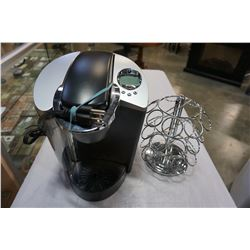 KEURIG COFFEE MACHINE AND STAINLESS POD HOLDER
