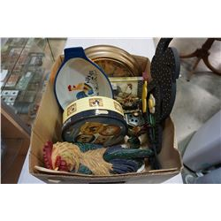 BOX OF ROOSTER COLLECTIBLES, CLOCK, PLATES, FIGURE