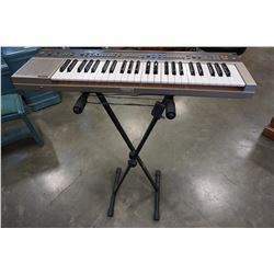 YAMAHA PC-100 ELECTRIC KEYBOARD W/ STAND AND POWER CORD