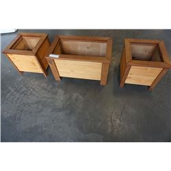SET OF 3 CEDAR PLANTER BOXES