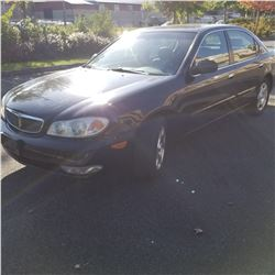 2001 INFINITI 130 4 DOOR SEDAN, AUTOMATIC, 192600KM WITH 2 KEYS AND 2 FOBS, CAR FAX AND REGISTRATION