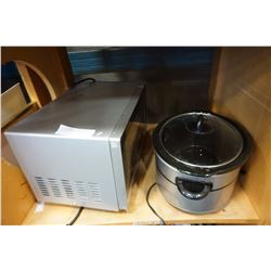 RCA MICROWAVE AND CROCK POT