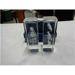 LOT OF 2 CRYSTAL WORLD ETCHED CRYSTAL DECOR