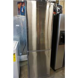 STAINLESS STEEL ELECTROLUX FRIDGE FREEZER COMBO TESTED AND WORKING GUARANTEED
