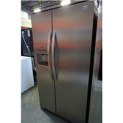 STAINLESS STEEL ELECTROLUX FRENCH DOOR FRIDGE FREEZER COMBO W/ ICE & WATER TESTED AND WORKING GUARAN