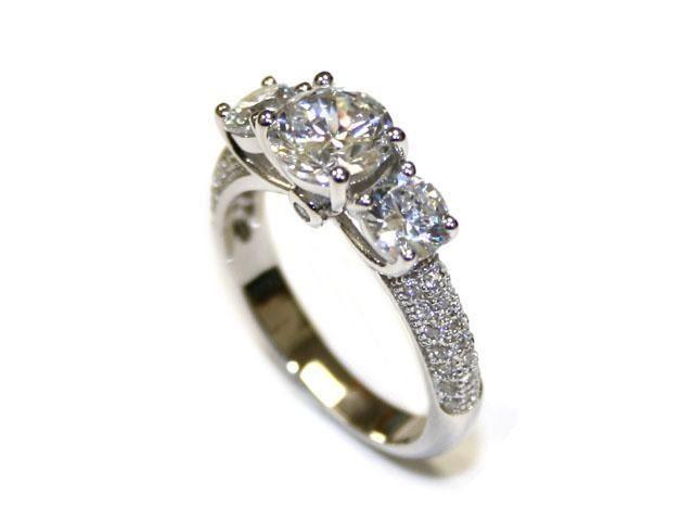 Ladies .925 Silver and Swarovski Element Ring. Size 7.