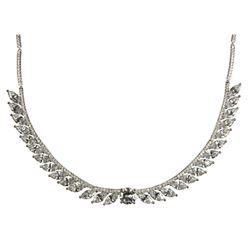 Ladies .925 Silver and Swarovski Element Necklace.