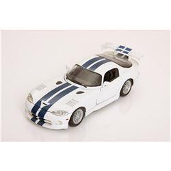 1/18 Scale Dodge Viper GTSR Coupe by Maisto