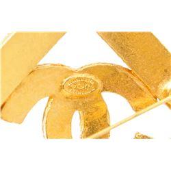 Chanel Gold Vintage CC Diamond Shape Brooch