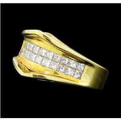 0.80 ctw Diamond Ring - 14KT Yellow Gold