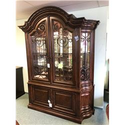 UNIVERSAL FORMAL UPRIGHT HALL CABINET WITH TOUCH LIGHTING