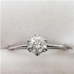 10K WHITE GOLD DIAMOND RING SIZE 6